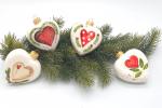 4 cuori in ceramica decorazioni natalizie