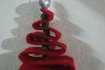 Alberi di natali creati con il feltro o la gomma Eva