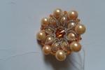 Anelli realizzati a mano con perle e swarovski