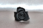 Anello in pelle a forma di rosa - Leather Ring with rose