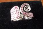 Anello spirale satinata in argento 925 e rubini naturali