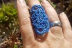 Anello uncinetto blu