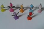 Ciondoli piccoli e simpatici angeli colorati