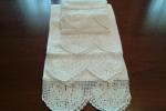 Asciugamani con doppi pizzo uncinetto bianco