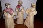 Bambole fatte a mano in foglie di pannocchia e tessuti