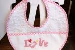 Bavaglino neonata Ricamato a mano