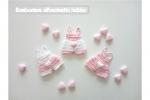 Bomboniera nascita, Battesimo bimba mini tutina salopette uncinetto magnete