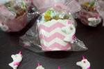 Bomboniera per compleanno, calamite unicorno