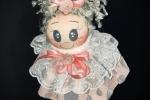 Bomboniera bambolina fatta completamente a mano