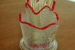 Portastuzzicadente in vetro creato da bottiglia