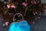 Borsetta in cotone lavorata a crochet azzurra