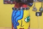 """Bottiglia dipinta """"La ragazza dai capelli blu"""""""