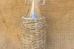 Bottiglia in vetro da 250 ml rivestita in vimini