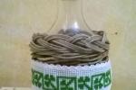 Bottiglia vetro 250 ml in vimini con tappo in sughero e cuc