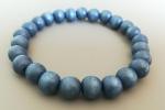 Bracciale con perline di legno colorate blu