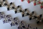Bracciale di perline con mezzi cristalli e perline