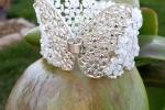 Bracciale donna con pietre di cristallo chiusura a farfalla