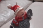 Candela di Natale per un tocco di calore alla tavola natalizia