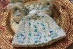 Cappellino e scarpette in lana per bebè-neonato