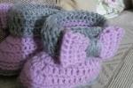 Cappellino neonata coordinato con scarponcino