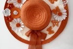Cappello fuoriporta con decorazioni in fommy