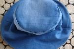 Cappello in jeans e stoffa