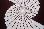 Centrino in cotone bianco ventaglio