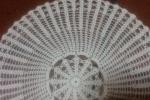 Centrotavola di colore bianco a uncinetto filo di scozia
