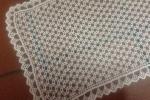 Centrotavola in filo realizzato a uncinetto colore ecrù