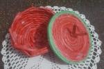 Cestini colorati interamente realizzati a mano