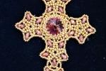 Ciondolo croce bizantina con perline