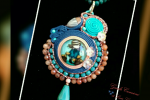 Ciondolo Girocollo soutache e perline turchese