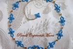 Collana azzurra al chiacchierino, cristalli e strass