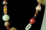Collana alternate a diaspro rosso, vetro, agata e ceramica