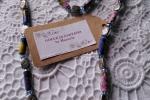 Collana floreale con perle di carta