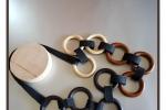 Collana Legno 3 colori con fettuccia di feltro nero