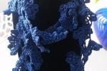 Collana/sciarpa nera e blu