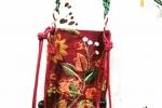Collane uncinetto con fiori ricamati