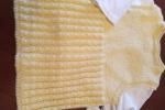 Completo per neonata in lana baby di colore giallo