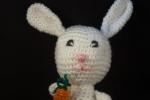 Coniglietto Pasquale, amigurumi, altezza 30 cm
