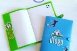Copri quaderno a tema calcio azzurro