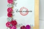 Cornice decorata a mano sui toni del rosa