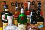 Dispenser sapone con bottiglie alcolici