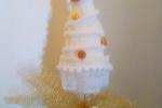 Elegante alberello di Natale in merletto