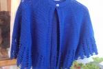 Elegante coprispalle in lana leggera lavorato a  mano