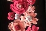 Fiori di carta giganti e piccoli rosa e fucsia