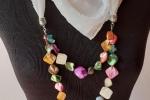 Foulard gioiello bianco con pietre multicolori