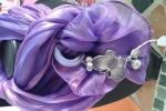 Foulard gioiello viola