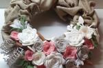 Fuoriporta con rose fustellate