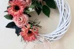 Ghirlanda con rose e gerbere